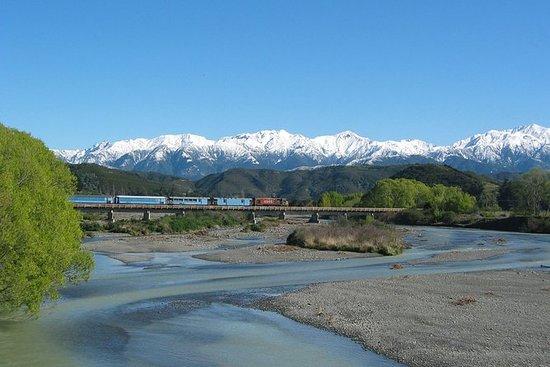 Passeio de trem alpino Tranz