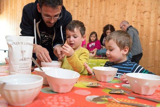 Mauges-sur-Loire, Франция: Le moulin vous propose également divers ateliers (sous réservation) pour vos sorties scolaires et en famille (©D.Drouet)