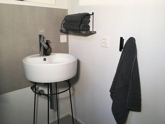 Lengwil, Suiza: Badezimmer