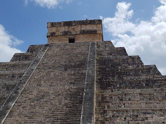 Chichen Itza, Meksiko: le castillo