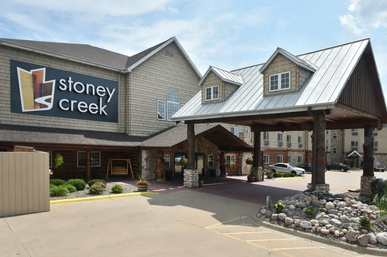 Stoney Creek Hotel & Conference Center - La Crosse