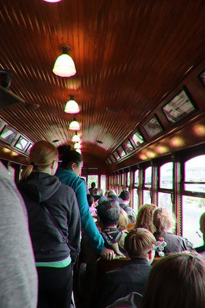 Everybody likes the trolley