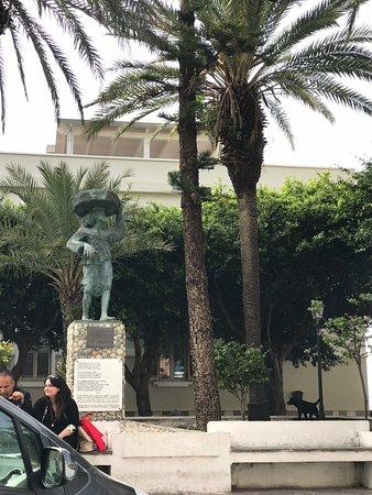 Monumento alla Bagnarota
