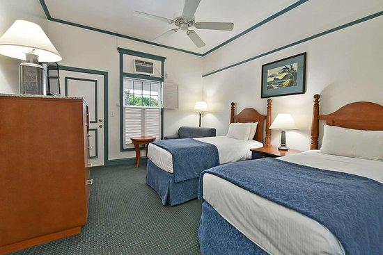 Best Western Pioneer Inn: Twin Room