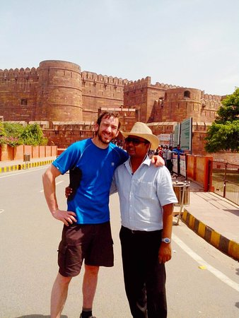 The Magnificent Agra Fort , Once a seat of Power of Great Mughal Empire..  Visit India with Locals  #indiatrip #tajmahaltourguide