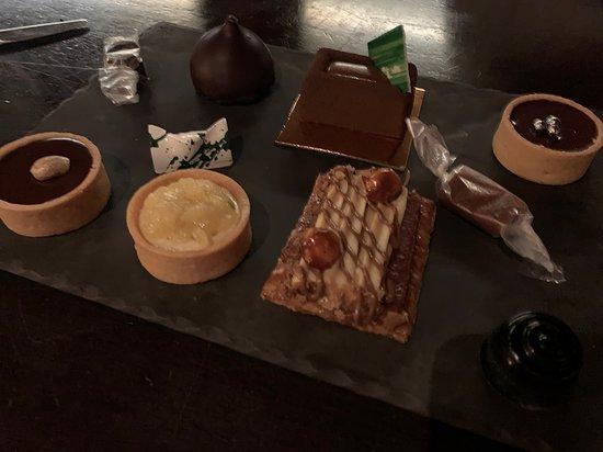 Bazaar Meat by Jose Andres: dessert platter