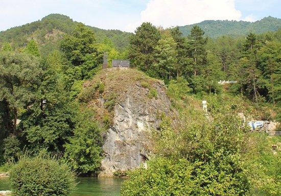 Partizansko spominsko pokopališče