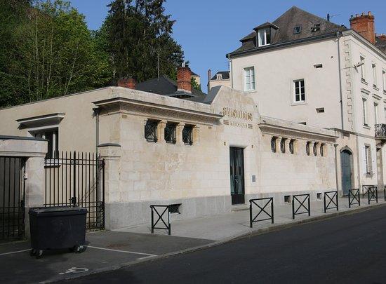 Bains Douches Municipaux