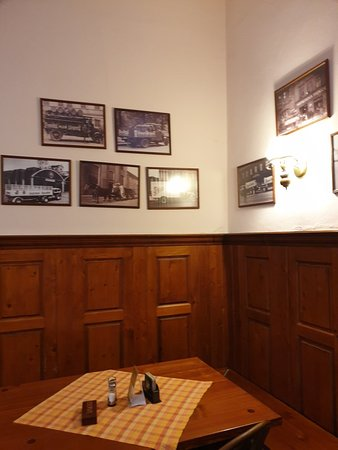 Restaurace Na Klarove: Great tavern