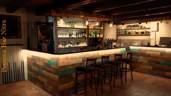 Nitra, Slowakije: Bar