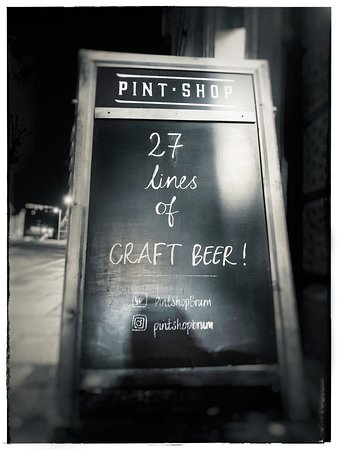 Discovered Pint Shop while staying in Birmingham for 3 days. Drawn in by the beer selection, stayed for the food. Loved it! Great ambience, food and beer!