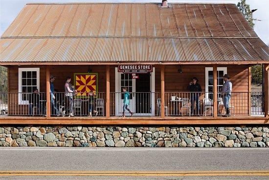 Taylorsville, CA: Genesee Store