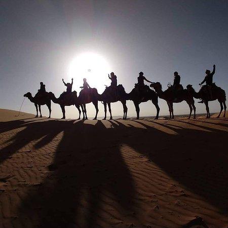 Viaja a Marruecos : dunas de merzouga