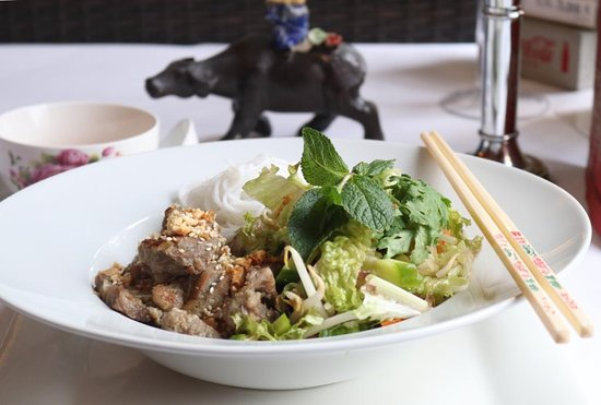 Tradition Aus Vietnam Bei Van Aachen Menu Prices Restaurant Reviews Order Online Food Delivery Tripadvisor Served with rice, gyro, grilled onions and green peppers. tradition aus vietnam bei van aachen