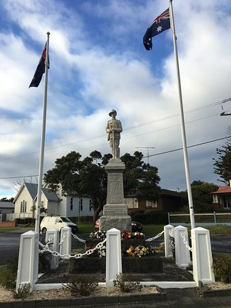 Apollo Bay War Memorial