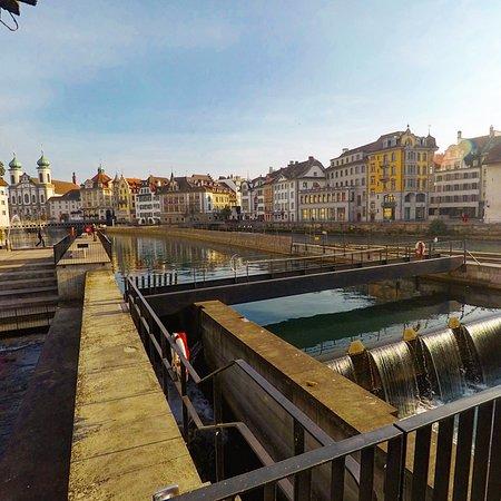 Lucerna, Suíça: Still can't get over these views! 👀 still my favorite place so far!