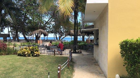 Xiomara and Fransisco server the best        Realmente gostemos do lugar muito educados e atenciosos