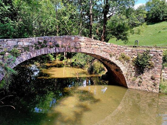 Puente Medieval de Suils