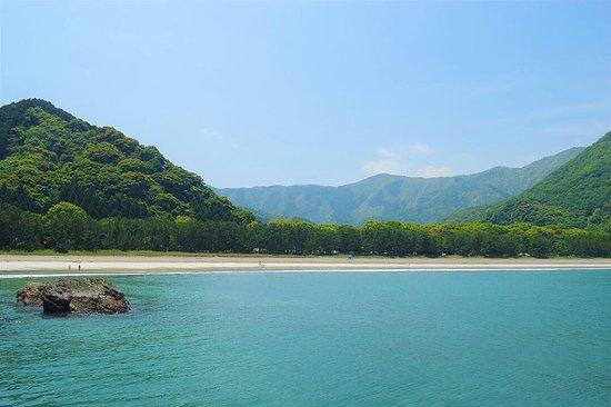 Hatozu Beach