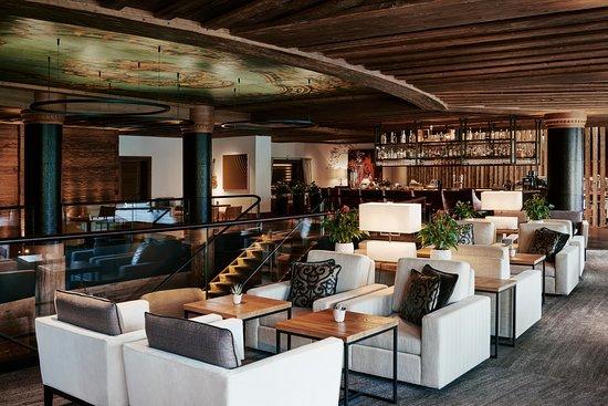The Alpina Lounge & Bar