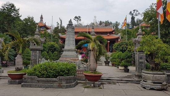 Da Bao Pagoda