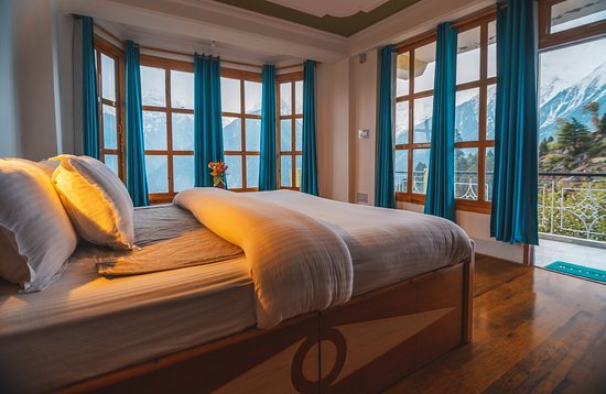 Deluxe Room with Mt. Kinner Kailash View
