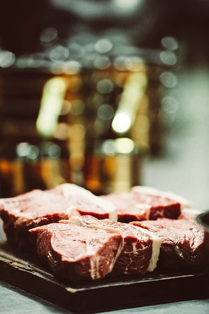 """Cattle Baron Paarl - Meat Cutting """"a way of art"""""""
