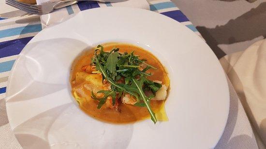 Restaurant du Chene: Un super repas pour un prix correct au vu de la qualité.  Une ambiance chaleureuse,  calme , et des serveuses super sympa qui ont le sourire