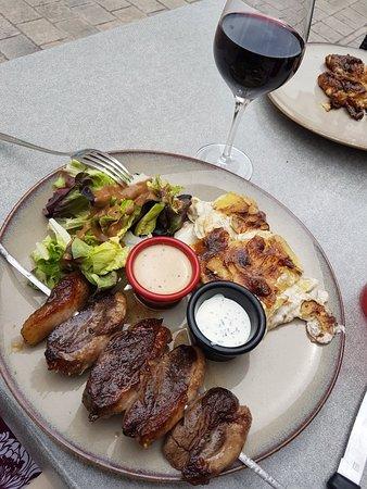 Au Steak House Picture