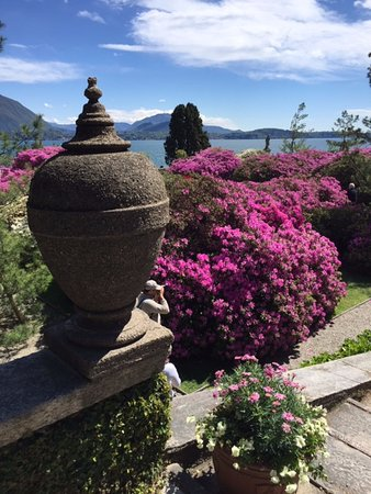 Private Tour of Borromean Islands from Stresa with Micaela: ISOLA BELLA