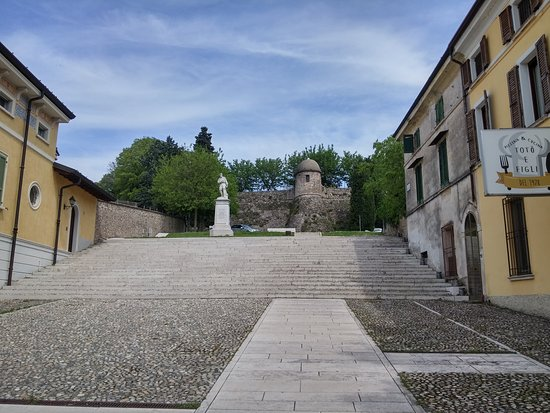 Castello di Castiglione delle Stiviere