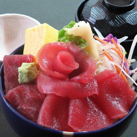 鮪丼 2000円