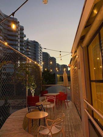 Um dos lugares mais reservados da casa, esse rooftop vai garantir fotos lindas!