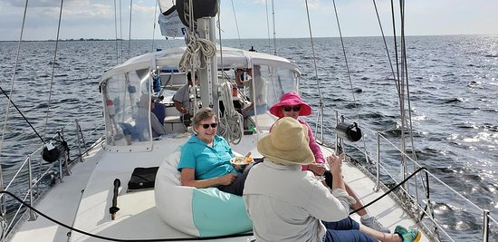 Trading Latitudes Sailing Excursions