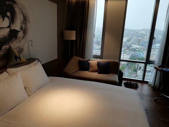Novotel Ambassador Seoul Dongdaemun: Room 1808