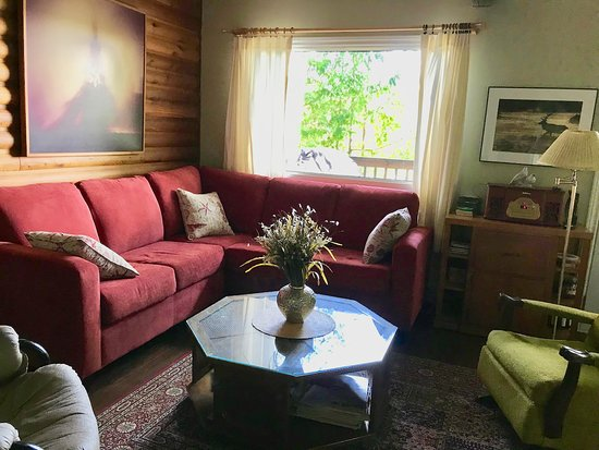 Dunchurch, Kanada: living room overlooks the lake