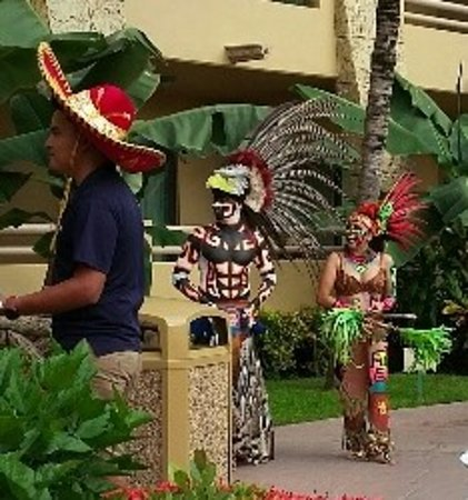 Paradise Village Beach Resort & Spa: Mexican Fiesta Monday Night