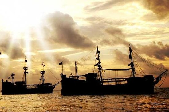 Crucero con cena con el capitán...