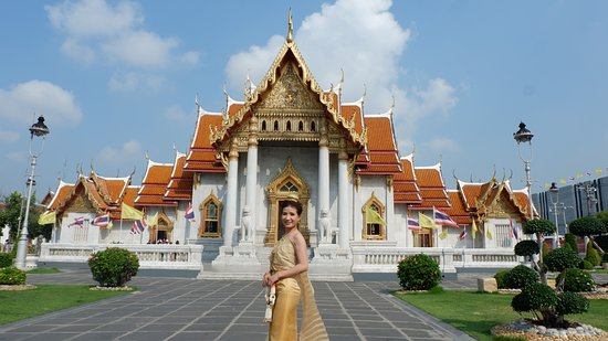 Traditional Thai Costume for rent