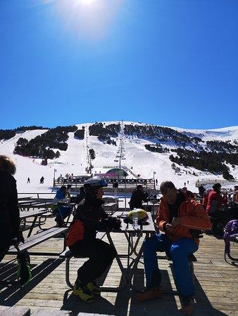 Andorra la Vella, Andorra: Spring Skiing in Andorra