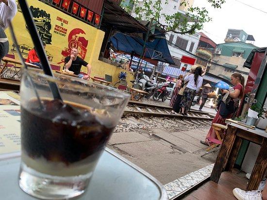 Half-day Hanoi city Motorbike tour- SEE- Culture - History - Poor - Rich ... صورة فوتوغرافية