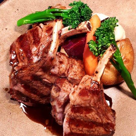 Crocodile Tail Steak, Hampshire Lamb Rack, Hampshire Venison, chicken breast topped with chorizo and mozzarella / blue cheese