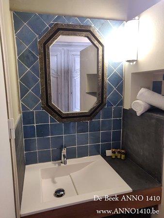 De Beek Anno 1410 - Sint-Truiden Room Type: Comfort Room www.anno1410.be
