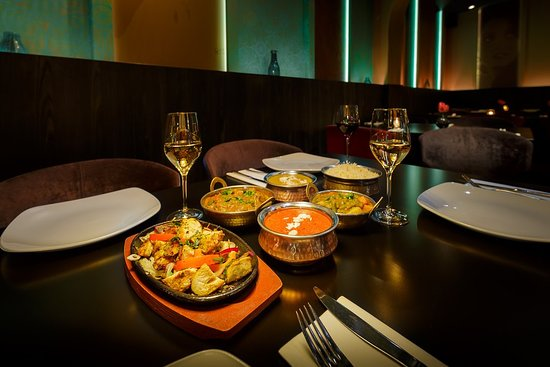 India Poort Indian Restaurant: Delicous curry & tandoor dishes alongside excellent wines
