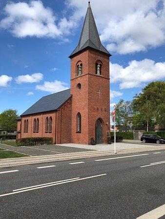 Ulfkaer Kirke