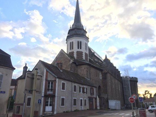 Église Saint-Pierre de Toucy