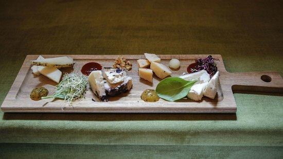 Tagliere di formaggi ----- Tabla de queso