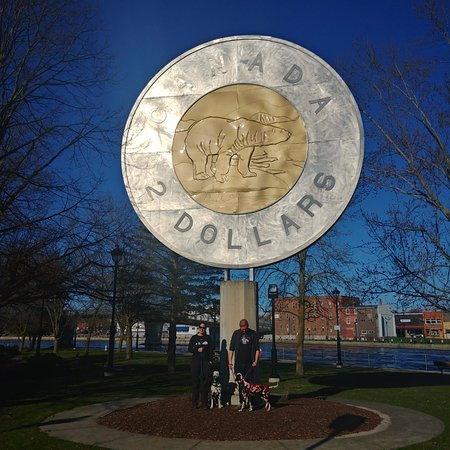 Roguetrippers visit the Big Toonie Monument in Campbellford, ONtario