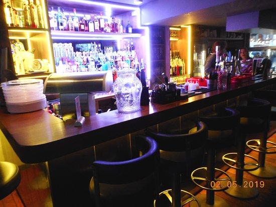 Bar le QG