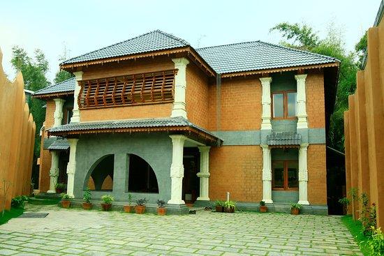 Pranamaya Ayurveda Chikilsalayam